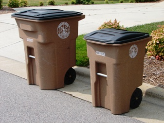 garbage & recycling carts